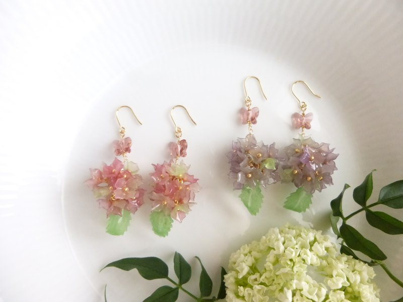 Butterfly Wings Hydrangea Earrings / Earrings