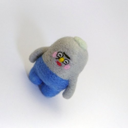 """Squint eyes Jun"": blankets doll friends jewelry home companion"