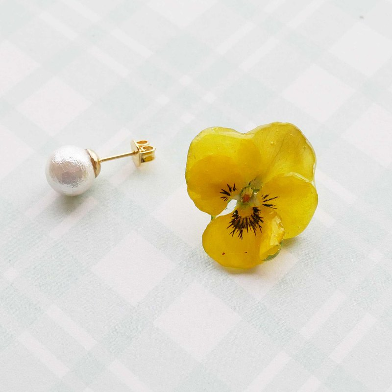Real Viola and pearl earrings