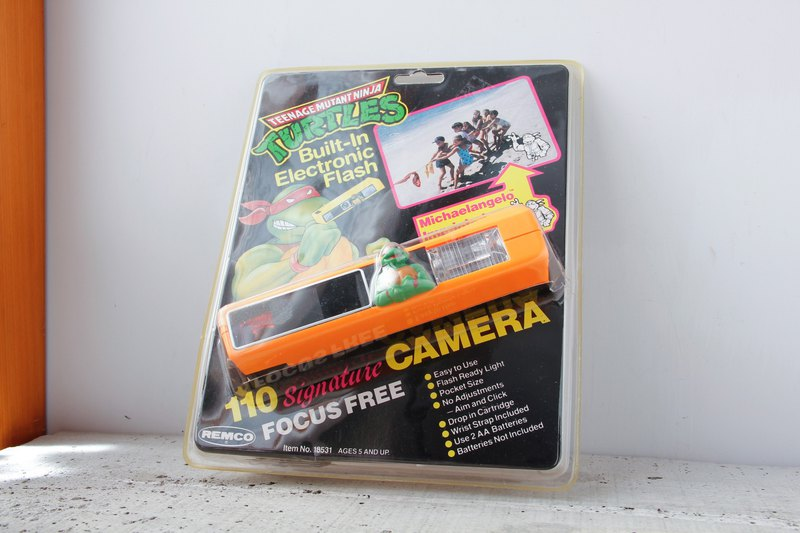 REMCO TEENAGE MUTANT NINJA TURTLES CAMERA