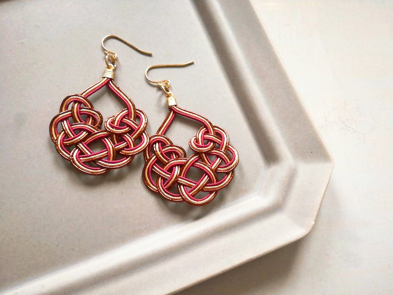 Ice-knot earrings Color: Brown × Gold × Wine Red Earrings changeable