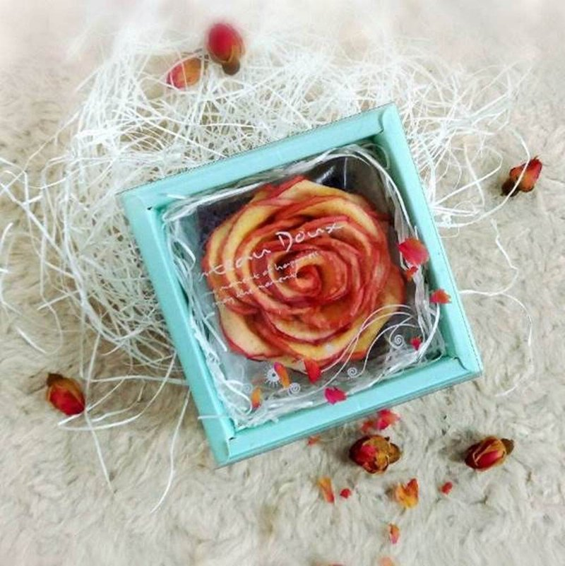 Wei Tian moisture wedding small things - Apple dried roses (exclusive series) - transparent box