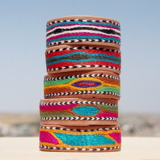 Handmade embroidery embroidered camel leather hand strap / leather hand strap / leather bracelet / leather bracelet / embroidery bracelet - contrast color embroidery ethnic totem (each one limited edition)