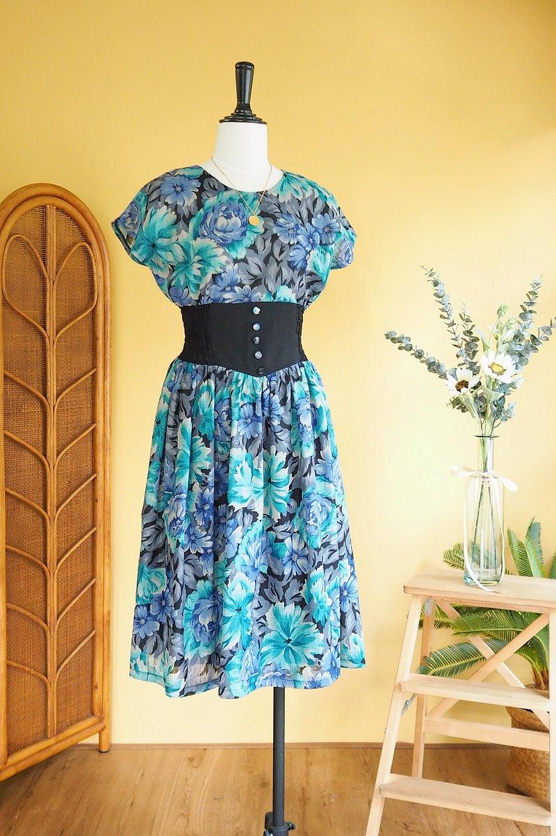 古著洋裝 | Size S -M Rare blue flower smocking dress