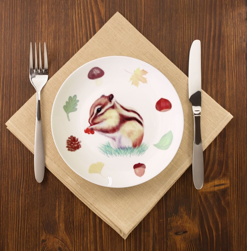 Rat's big meal 8 bone china plate