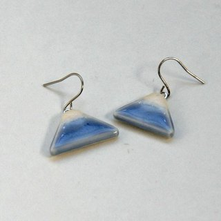 Fuji pierced earring, hook