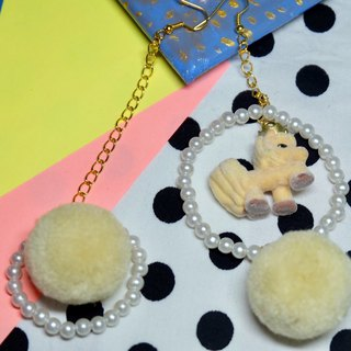 Remade doll hand earrings / babyhand /Harajuku/kawaii/