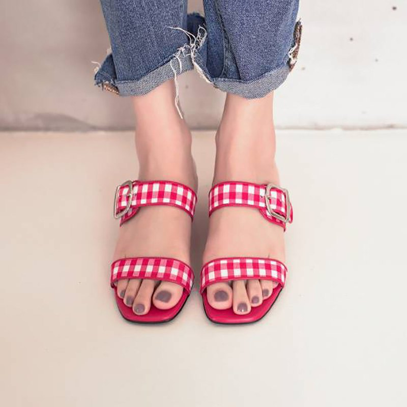Adjustable double strap! Retro square head slippers red MIT-red grid skirt