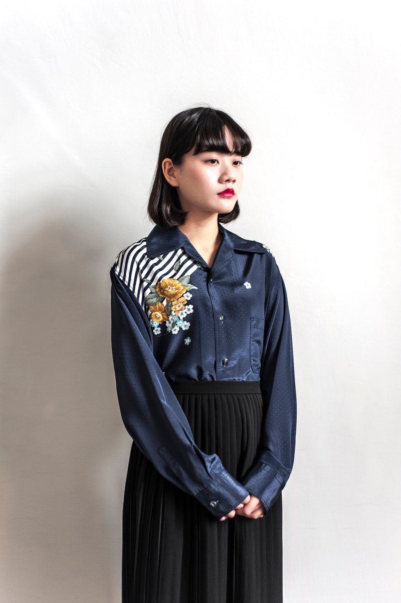 Vintage dark blue flower vintage long-sleeved shirt