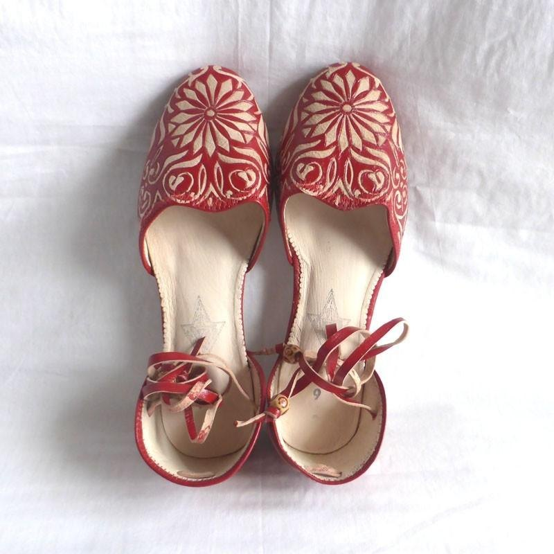 Carving design leather sandals * Red 24cm