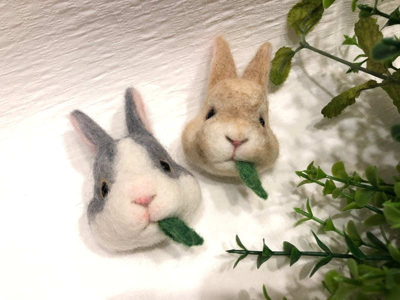 【ワークショップ】Wool felt hand-made course-eating rabbits