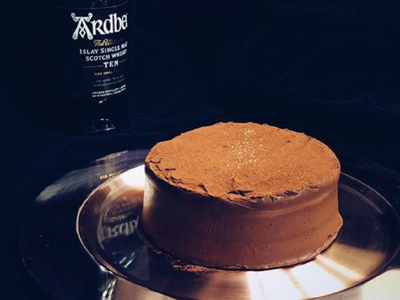阿貝泥煤威士忌太妃生巧克力蛋糕 6吋 生日 禮物