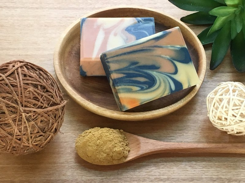 Osmanthus silk protein soap