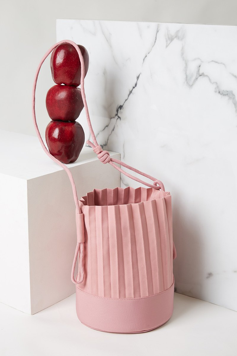 aPail Bucket Bag in Rose Pink