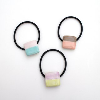 Two-tone square hair tie