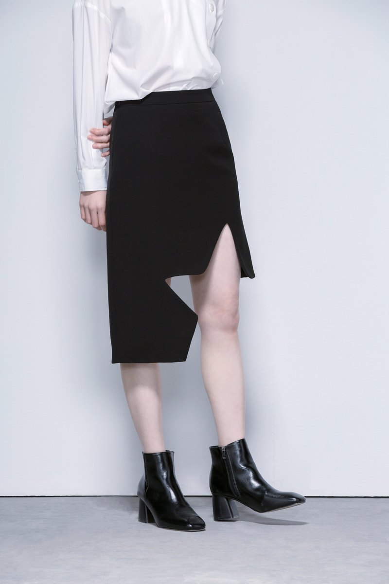Irregular hem skirts in black