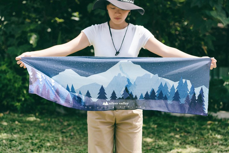 Quiet night forest starry technology fiber cool towel