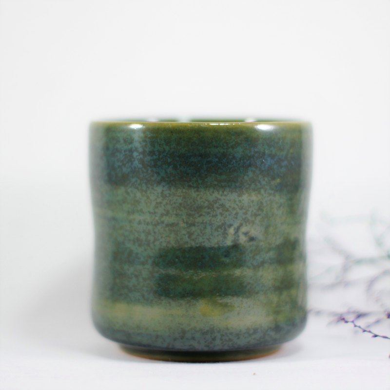 Seaweed green waist grip cup, teacup, cup - capacity about 250ml