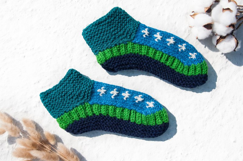 Hand-knitted pure wool knit socks / inner brushed striped socks / wool crocheted stockings / warm wool socks - blue sky green