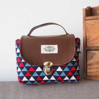 (small camera bag) Single small single eye camera thick cotton camera bag (red, blue and white triangle check) B01
