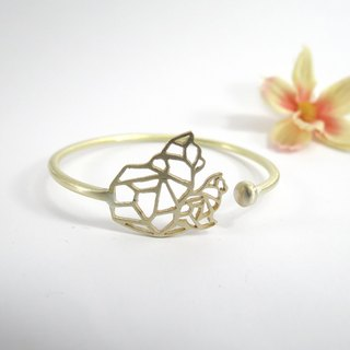Double cats geometric bracelet From WABY
