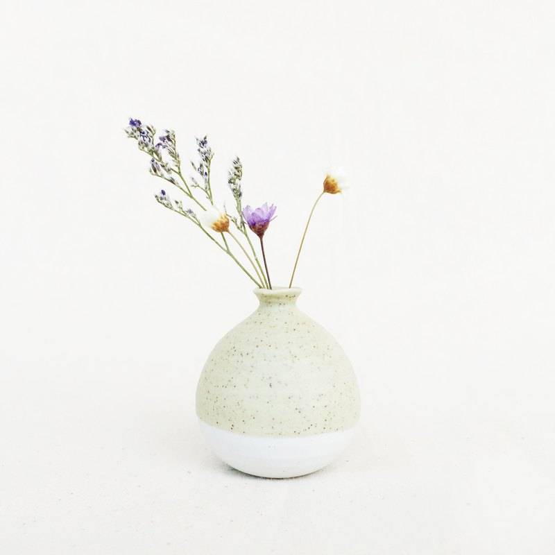 Handmade Ceramic Mini Vase - Pastel Green