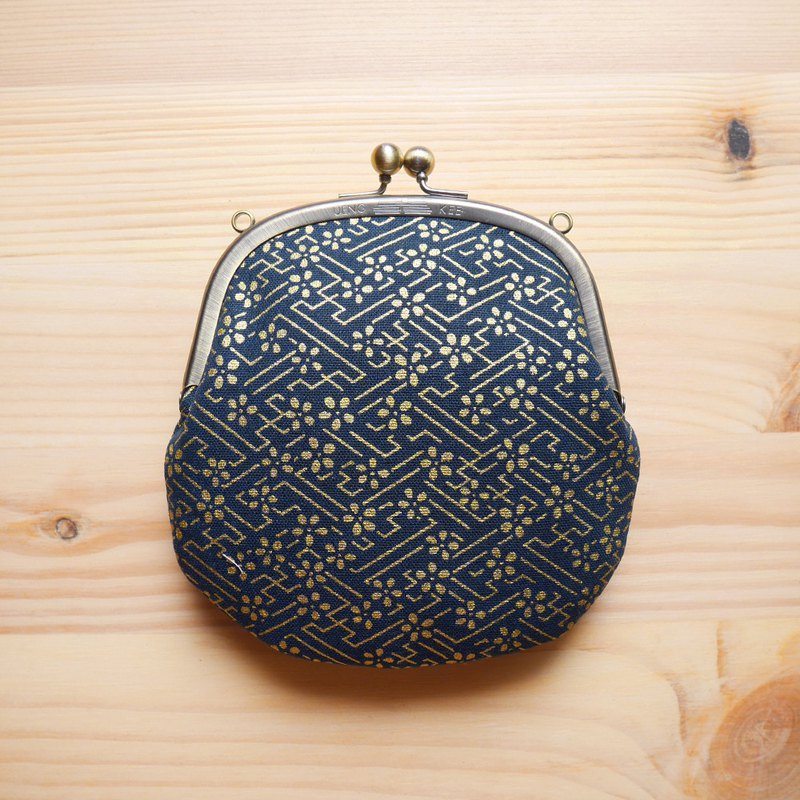 Ukiyo Golden Flower Small Cute Necklace Bag / Clutch Bag / Shoulder Bag [Made in Taiwan]
