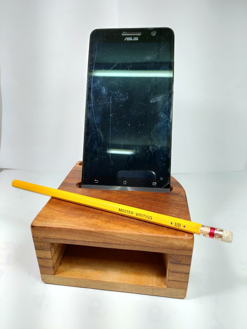 Taiwan burdock mobile phone amplifier seat and pen holder can be used as business card holder