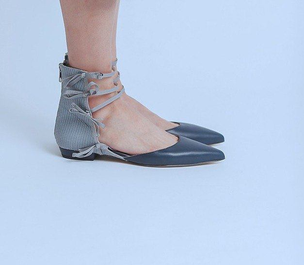 Side ribbon decorative leather pointed shoes blue