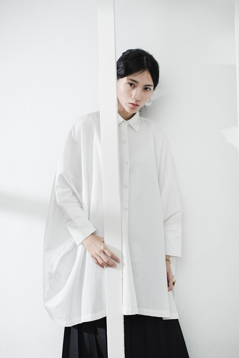 JUBY CHIU / white shirt wide version sash OVERSIZE
