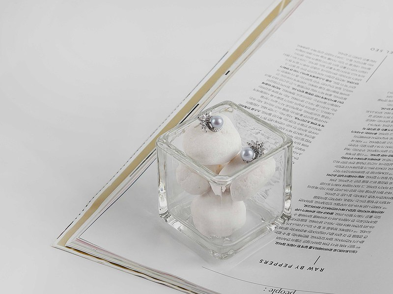 天然銀藍色真多麻珍珠 - 葉花冠奧鑽S925純銀耳環