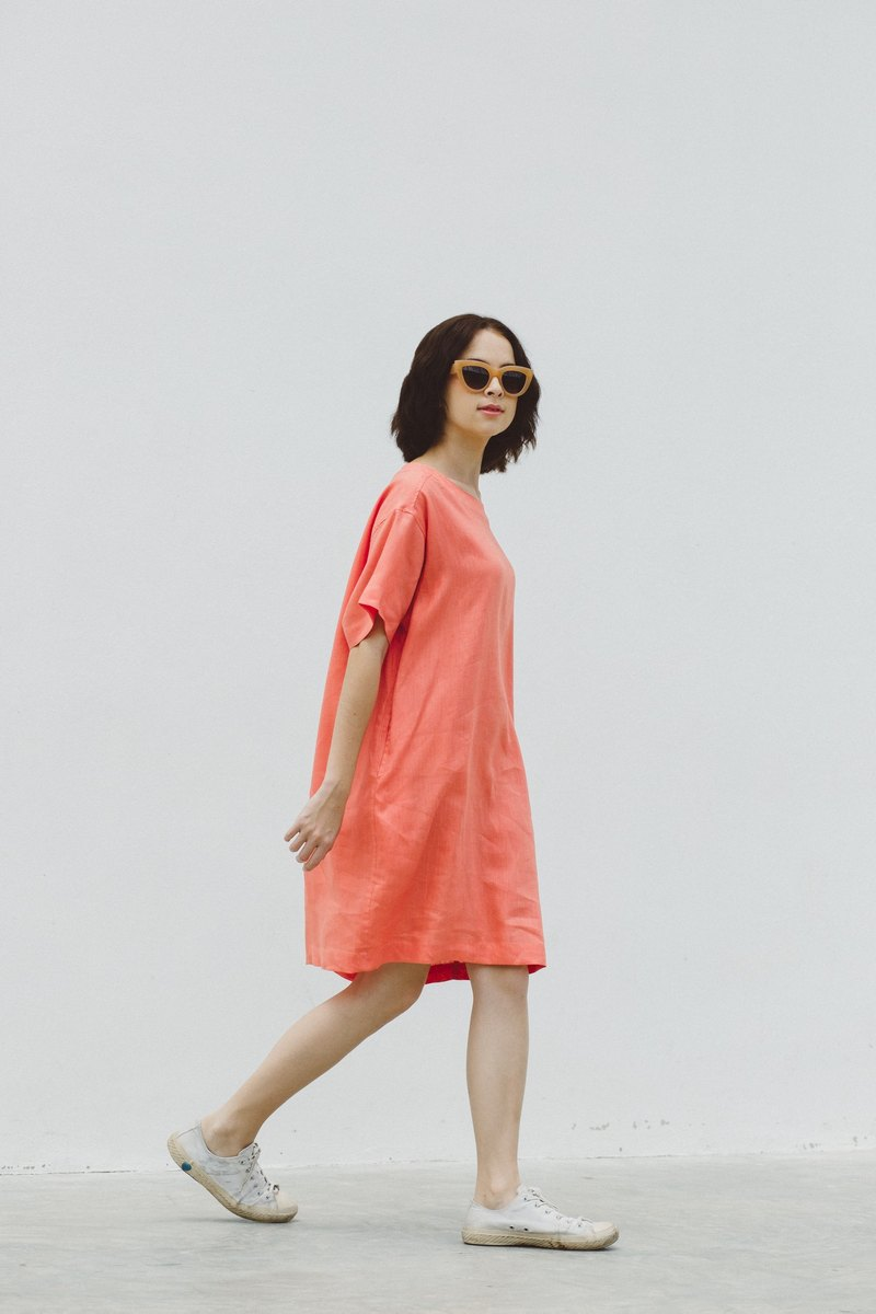 Sun-kissed Loose Dress in  Peach Echo