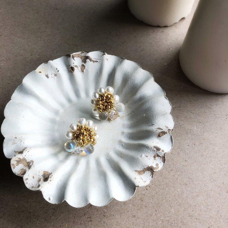 小蜜蜂氣質優雅淡水珍珠耳夾耳環