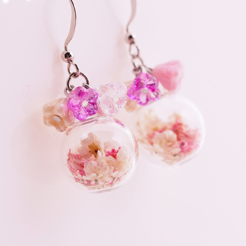 OMYWAY Handmade Dried Flower -  Artificial Glass Beads earrings 1.4CM