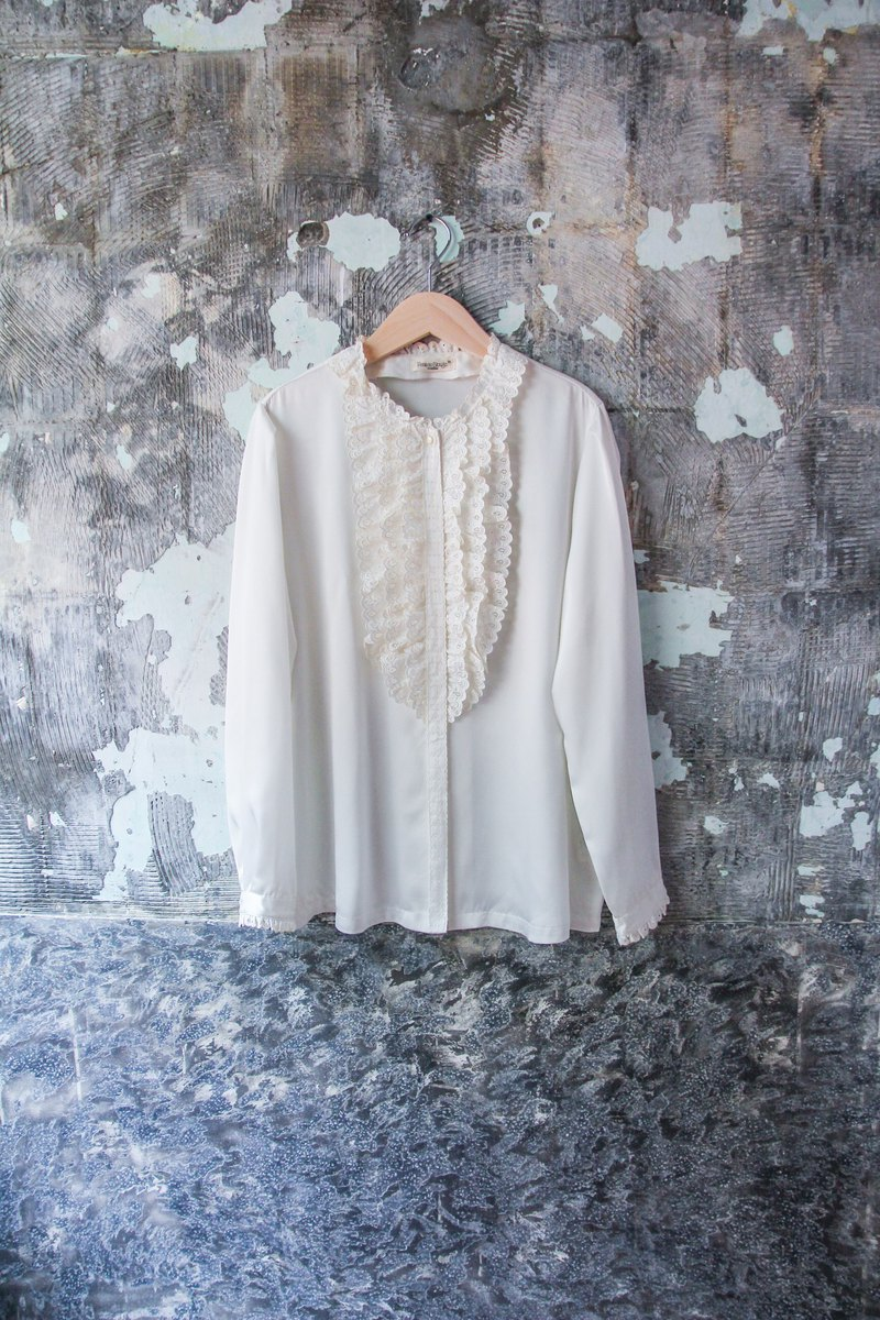 袅袅 department store -Vintage round neck lotus leaf long sleeve shirt