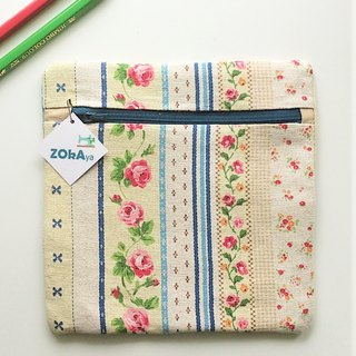Square Pouch (Blue Country Floral)