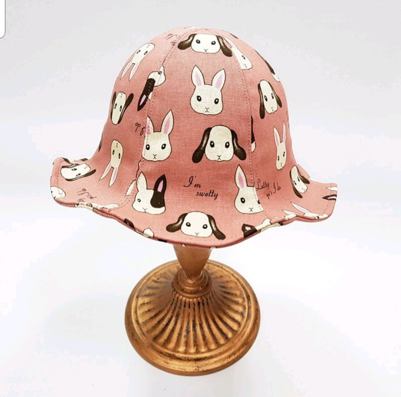 Tulip flower hat - cute rabbit
