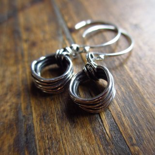 Wire Silver earrings