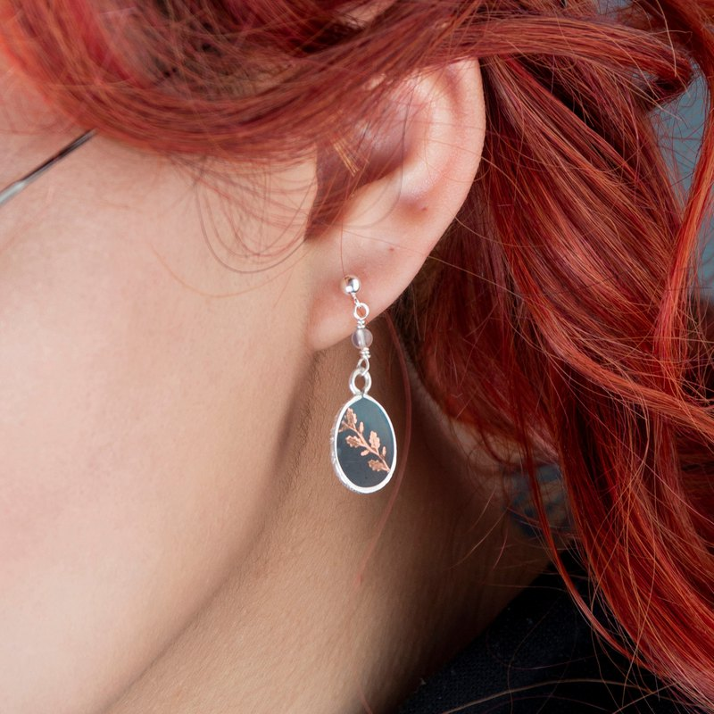 [005-Unearthed] Single 925 Silver Red Copper Inlaid Pin Earrings-Leaf