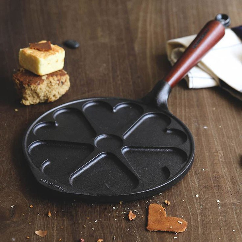Swedish SKEPPSHULT cast iron love muffin frying pan