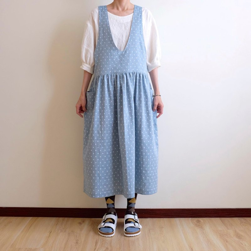 Daily hand-made clothes, gentle light blue dot vest dress, double cotton yarn