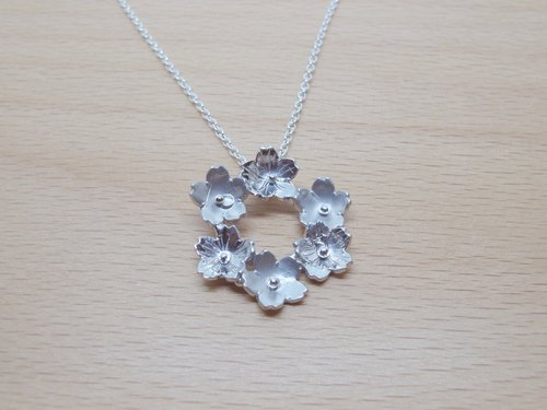 :: Sussurro hand. :: Sakura cherry decorated wreath --925 Silver / Pendant Necklace