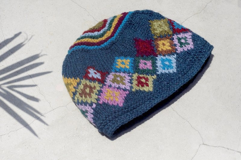 Christmas market exchange gifts Christmas gift limited edition hand-woven wool hat / knitted wool cap / inner bristles hand-woven wool cap / wool cap (made in nepal) - Nordic colorful geometric rainbow forest wind