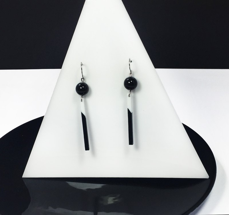 Polly black and white rectangle earrings Cutaway