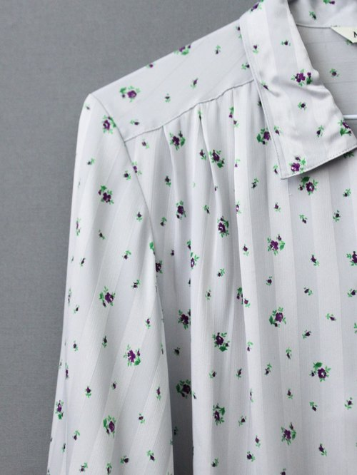 [RE1102T1622] Nippon Department of Forestry and gray bottom purple flowers Long vintage shirt