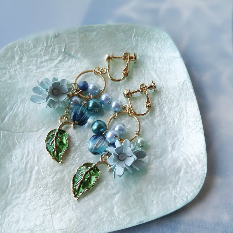 Pale blue and green Earrings