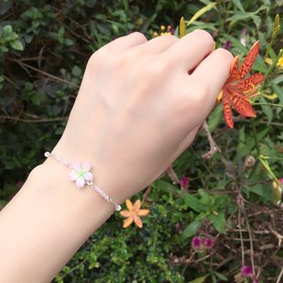 *Haku‧Neko*[Sakura Flower Limited Series] Aesthetic Mini Pigeon Sakura Crystal Glass Bead Bracelet Hand