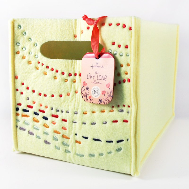 Creative Dotted Non-woven Cloth Box [Hallmark-Livy Long Designer]