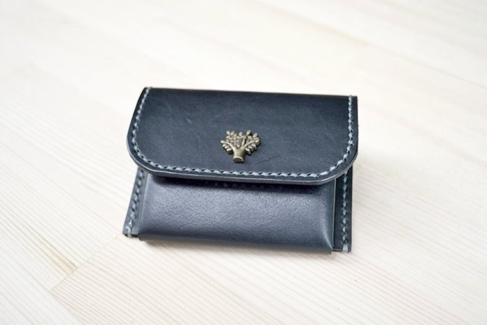 Leather cowhide vegetable skin hand made coin purse coin bag can be customized to put a leisure card