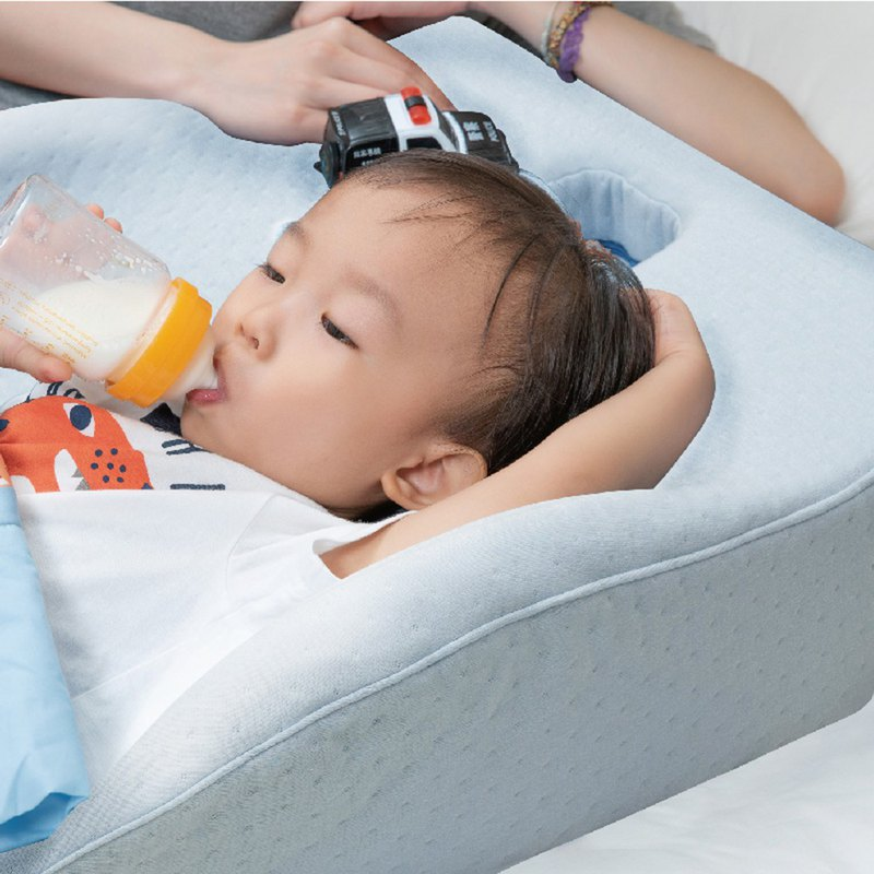 Waterproof child sleep pillow - prevent children from falling asleep